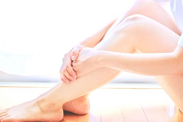 O脚は骨盤に原因がある!?骨盤矯正で治療は可能?